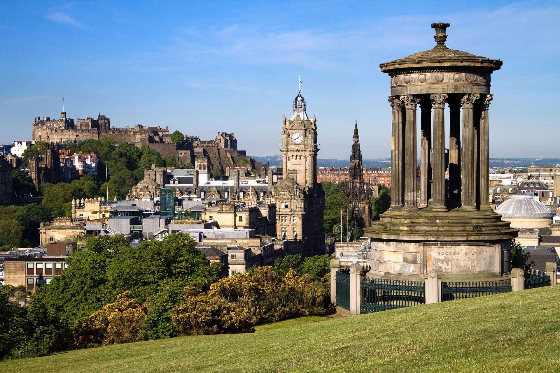 Edinburgh Schottlands Stolze Hauptstadt Im Schatten Der Burg