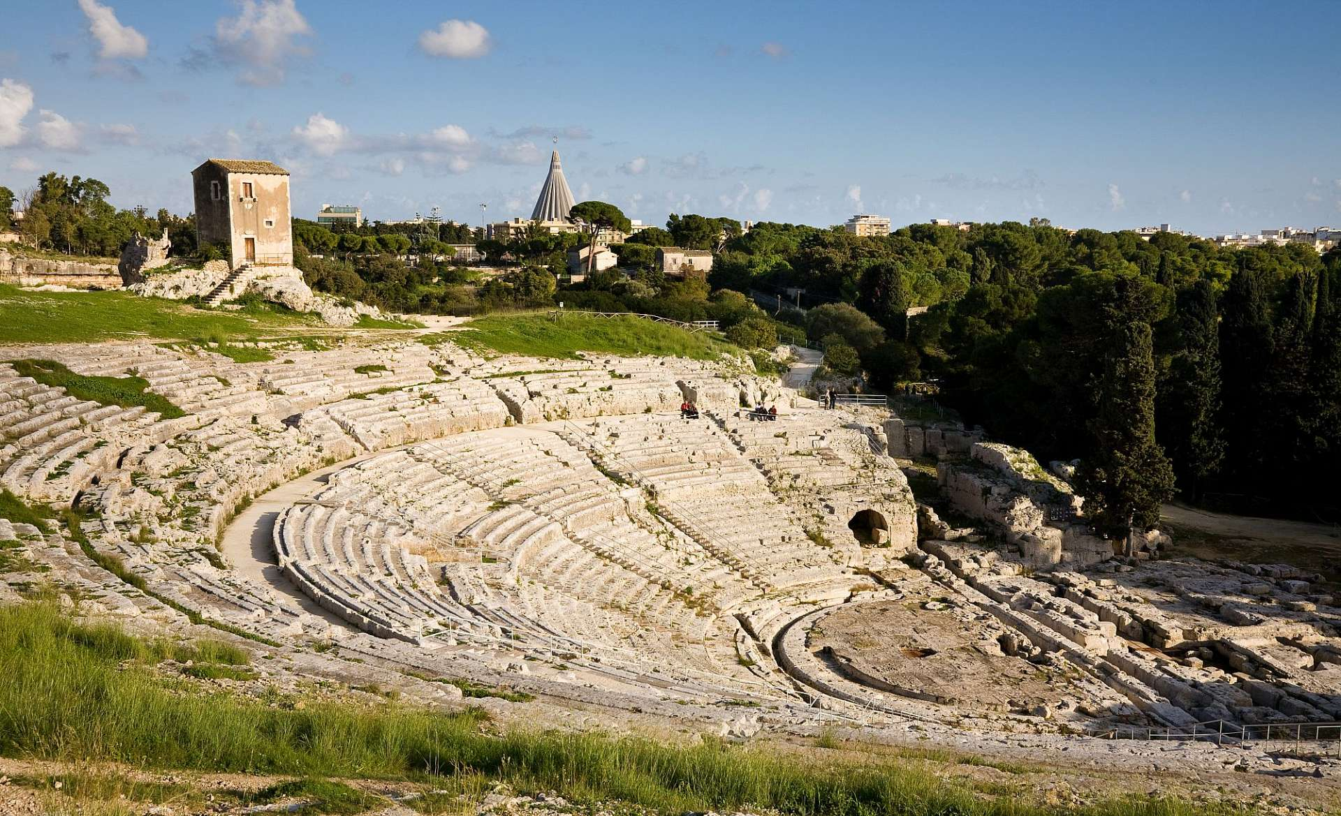 Built to hold 15,000 spectators: Teatro Greco