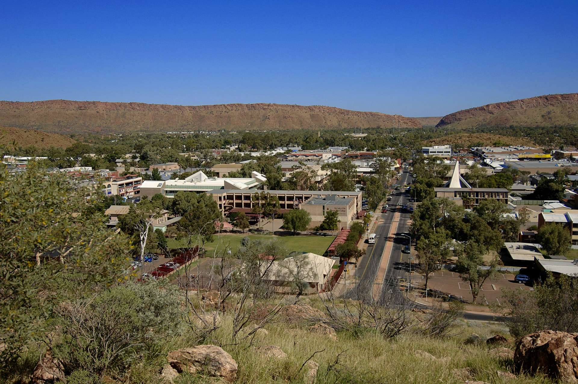 "Alice Springs: ""in the middle of nowhere"""