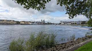 Athlone am Shannon River