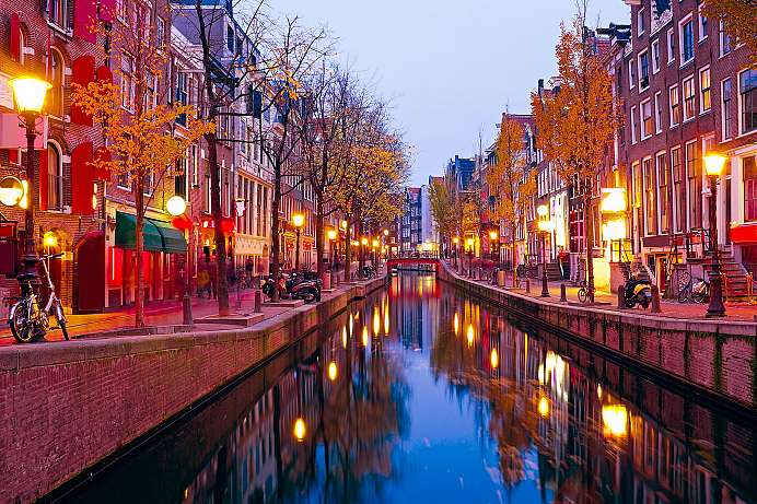 First port of call for many visitors: Red light district