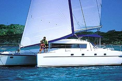 Sailing in Style: Whitsunday Getaway