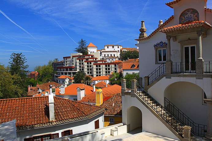 Magnificent villas, lush vegetation: Sintra