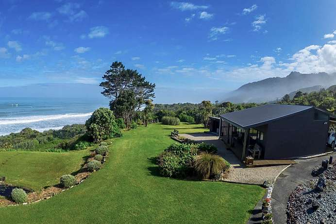 Grandiose Blicke: Lodge am Meer bei Greymouth