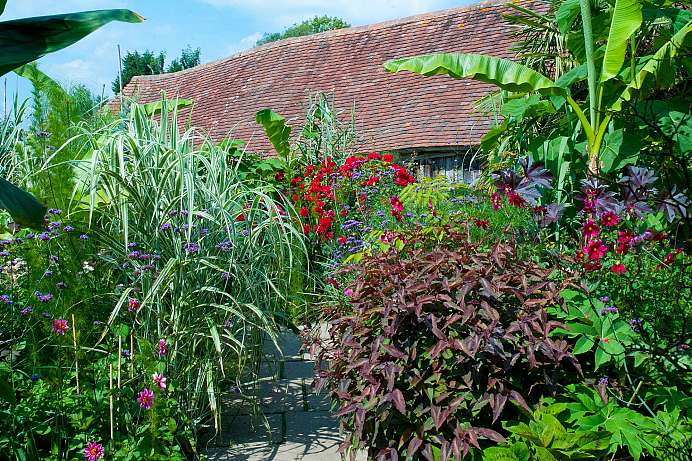 Arts and crafts style: Garten von Great Dixter