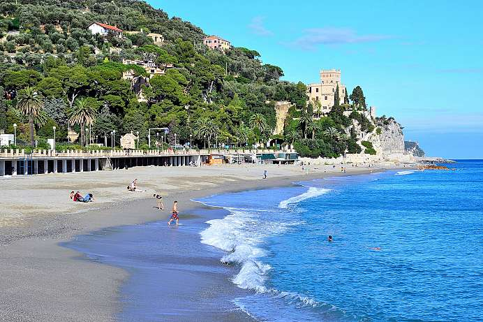 Beach and Old Town: Finale Ligure