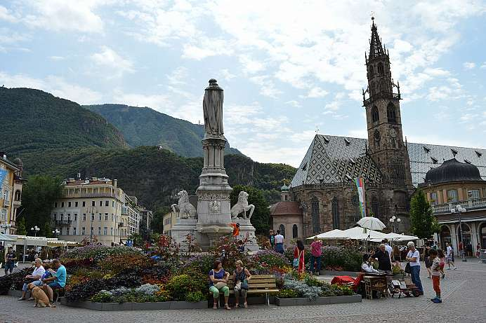 Baroque town at the foot of the Dolomites: Bolzano