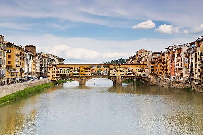 Oldest bridge in Florence: Ponte Vecchio