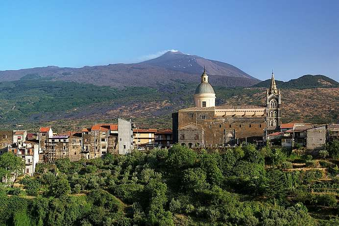 Small town at the foot of Mount Etna: Randazzo