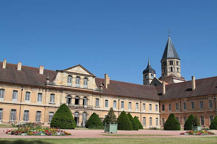 Most important abbey in the Middle Ages: Cluny