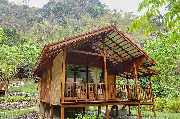 Am Fuße des Mt. Zwe Kabin: Lodge in Hpa An