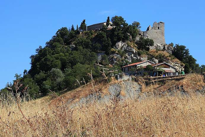 Castle with a memorable history: Canossa