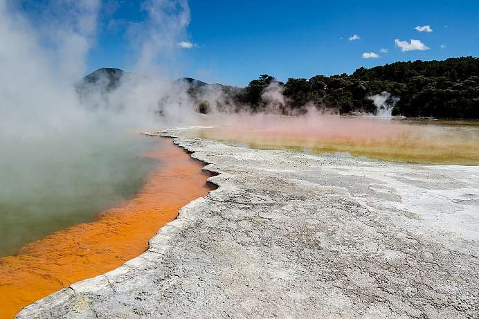 Blubbernder Schlamm, kochende Seen: Wai-O-Tapu Thermal Land