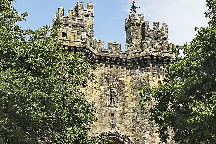 Trutzburg wider die Normannen: Lancaster Castle