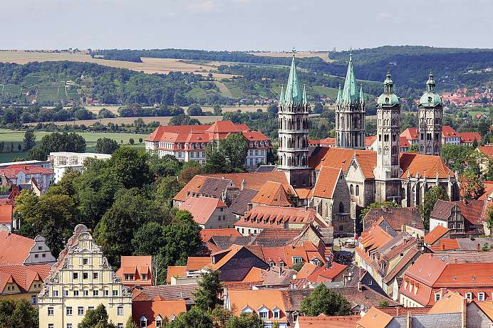 Medieval town with a large cathedral: Naumburg