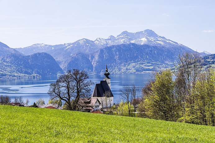 Picturesque Austria: Attersee in Salzkammergut