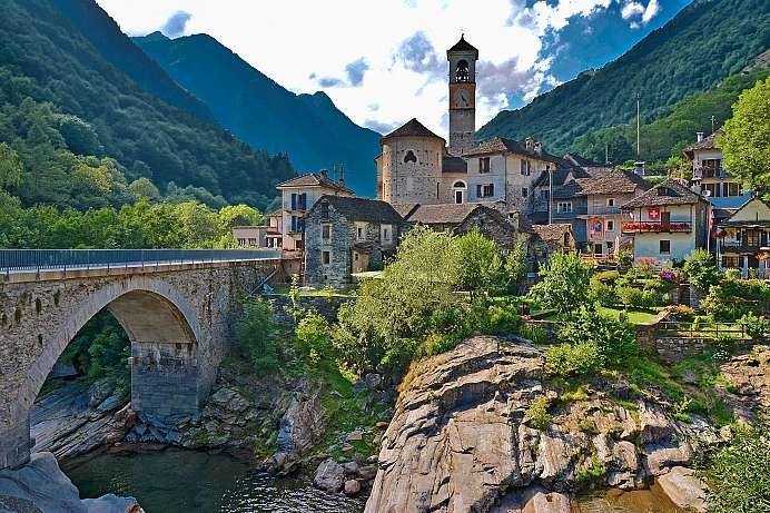 Remote mountain villages: Maggia Valley in Ticino