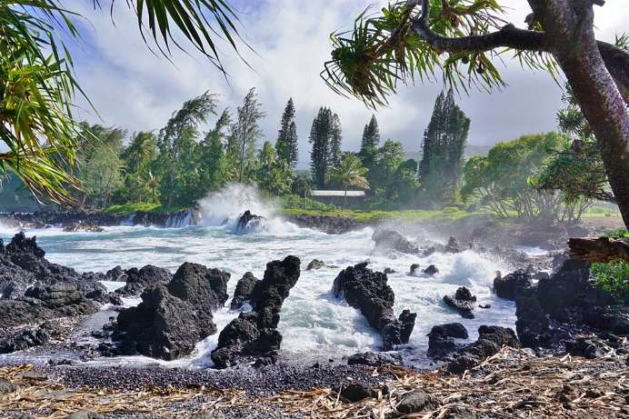 An der Road to Hana: Keanae