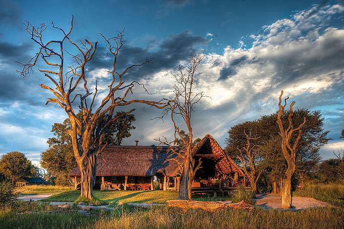 Elefantenherden erwarten: Zelt-Lodge in den Ngama Plains