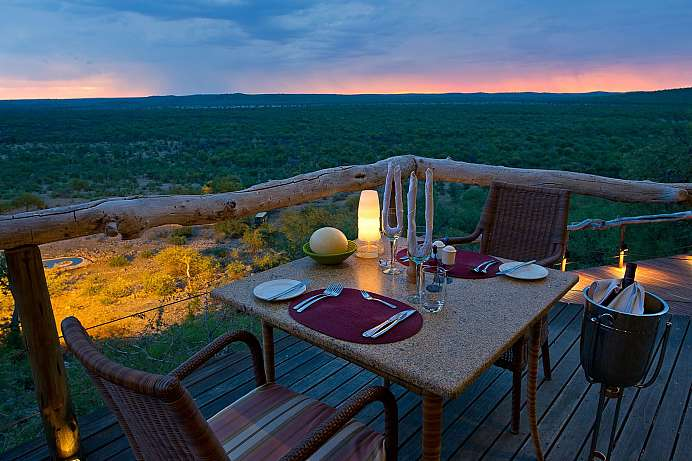 Im Süden des Etosha Parks: stilvolle private Lodges