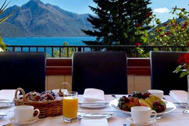 Blick auf Lake Wakatipu: B&B in Queenstown