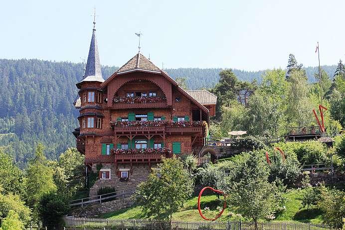 Dolomiten outdoorparadies in den s dalpen for Schuhschrank bozen 461 002