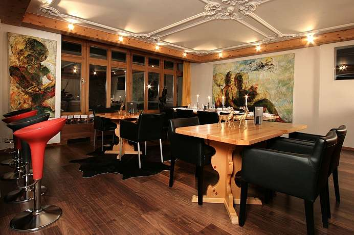 Centrally located, lots of activities: Engadin country hotel