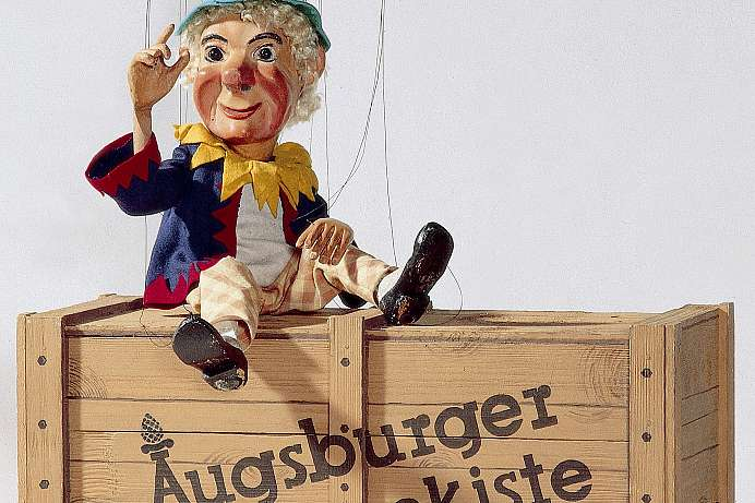 Stars on strings: Augsburger Puppenkiste