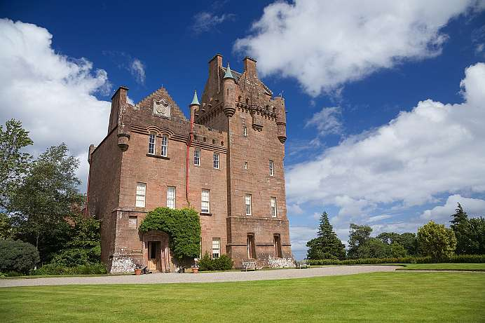 Baronial Style: Brodick Castle