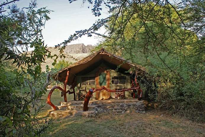 Rustikal: Bushcamp am Lake Natron