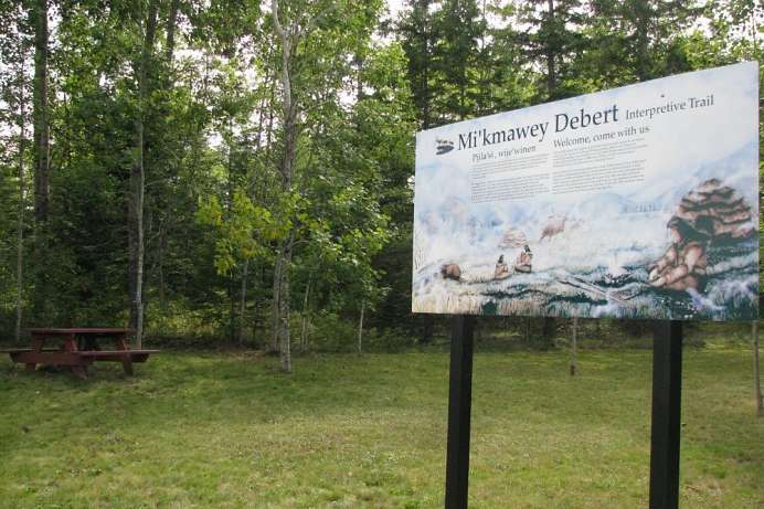Mi'Kmawey Interpretive Trail