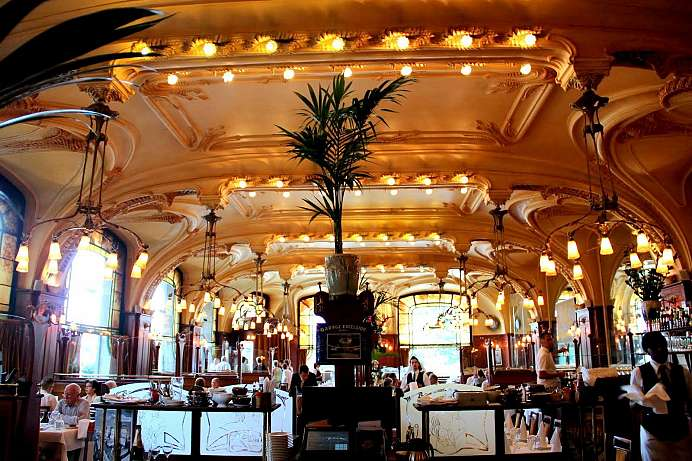 Listed building: Brasserie Excelsior