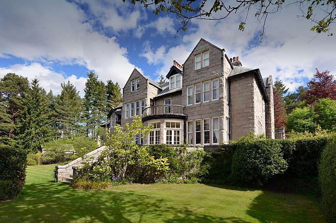 Am Nordufer des Dee gelegen: B&B in Aboyne