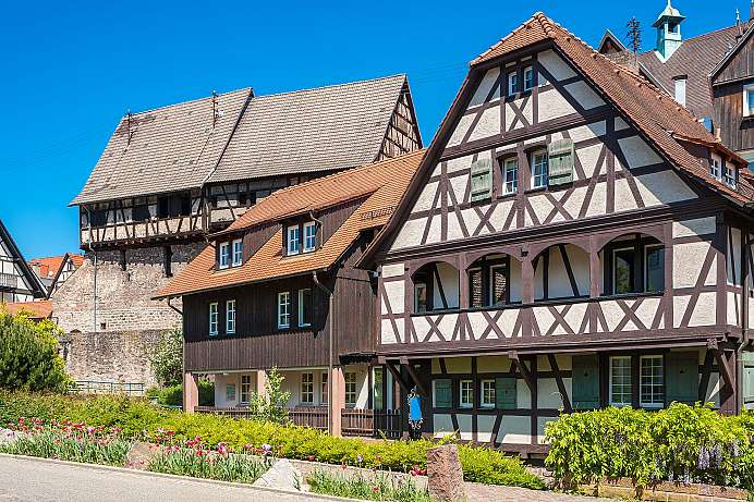 From a logging settlement to a health resort: Gernsbach