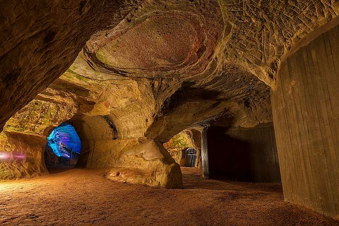 Homburg castle cave