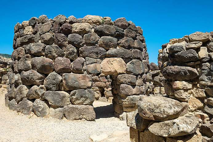 Over 3000 years old: megalithic settlement Su Nuraxi