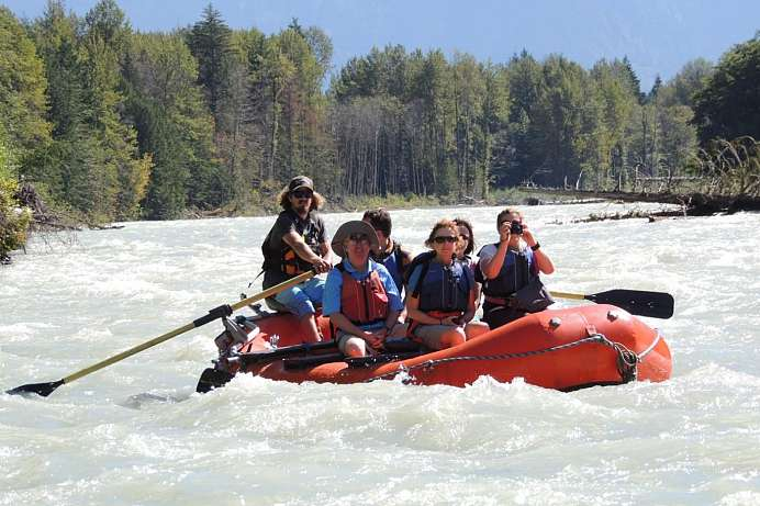 Eco Rafting auf dem Bella Coola River