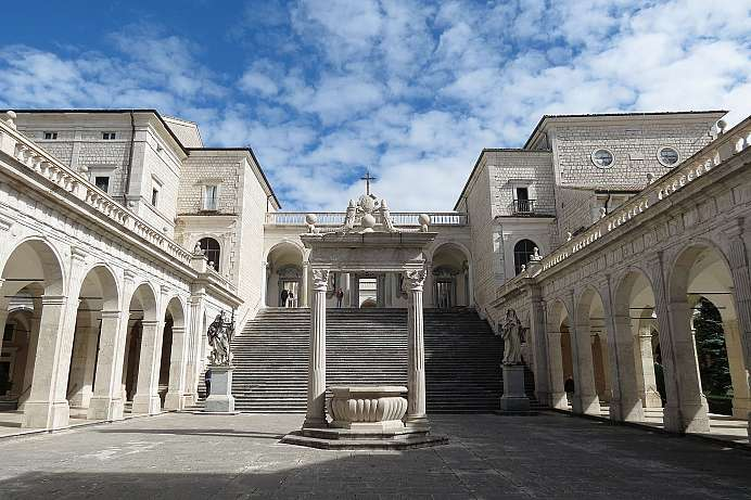 The first monastery: Montecassino
