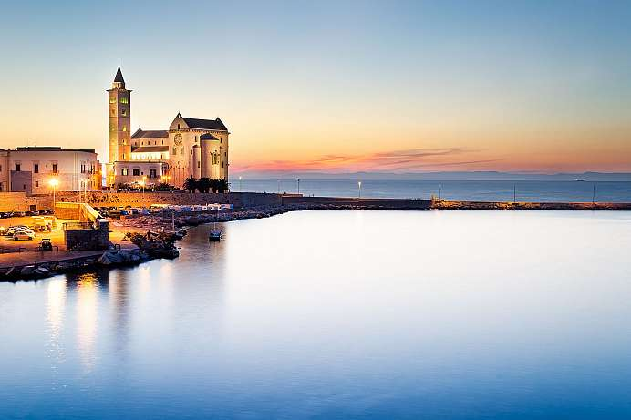 An Apulian jewel: The Basilica in Trani