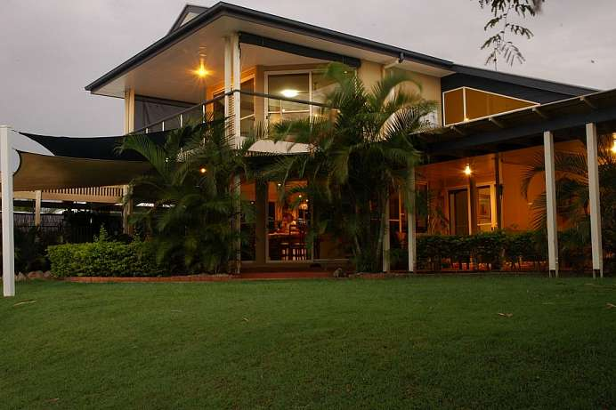 Direkt am See: Haus in Hervey Bay
