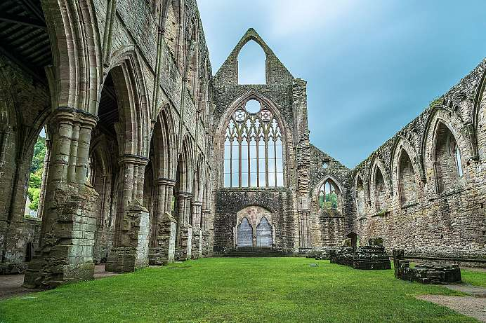 Inspired English painters: Tintern Abbey