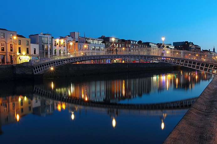 Splits Dublin into rich and poor: The River Liffey