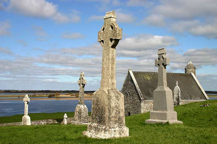 Site of an ancient religious order: Clonmacnoise