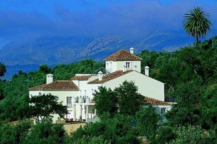 Tranquil location, tremendous views: An estate near Ronda