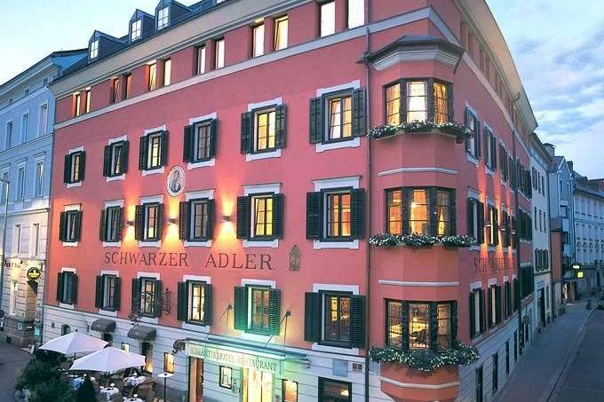 Serving as an inn for 500 years: Hotel in downtown Innsbruck