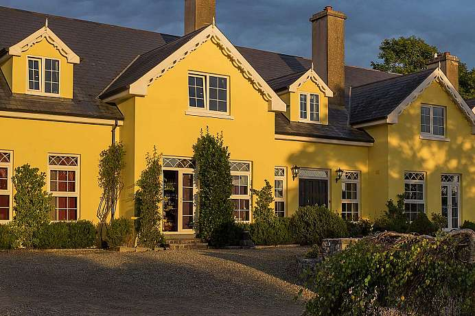 Relaxed hospitality: Country House near Ballyvaughan