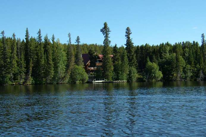 Wildnis pur: Lodge am Clearwater Lake