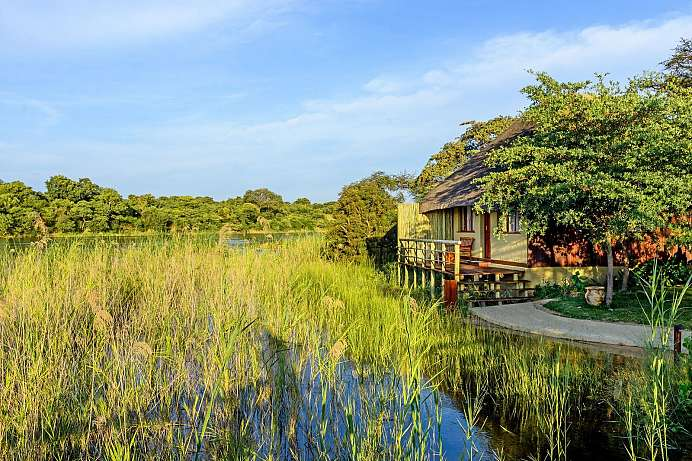 Klimatisierte Chalets: Lodge am Okavango River