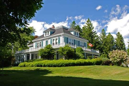 Home-cooked breakfast: Villa bei Lunenburg