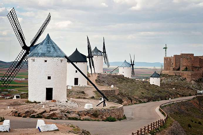 Consuegra: Windmills of Don Quixote